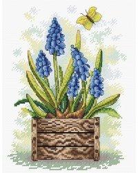 """Набор для вышивания крестом МП Студия """"Сапфировый цветок"""", 23x18 см (арт. М-206)"""